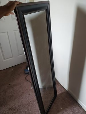 FULL BODY MIRROR for Sale in Atlanta, GA