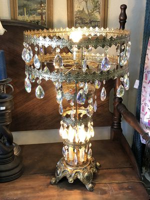 Antique Lamp with Crystal Prisms 26 inches tall for Sale in El Paso, TX