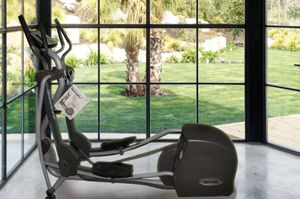 Commercial quality SportsArt Elliptical Machine for Sale in Newcastle, WA