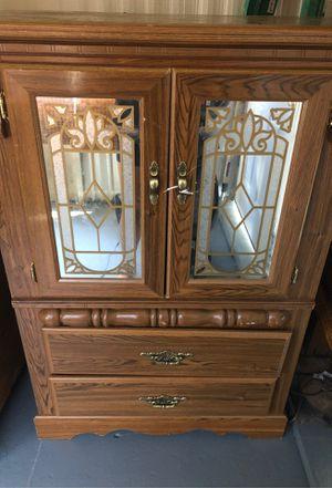 Mirror dresser for Sale in Buffalo, NY