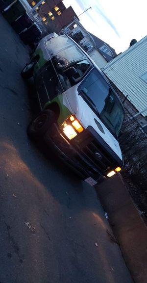 2012 ford Ecoline 93k for Sale in Revere, MA