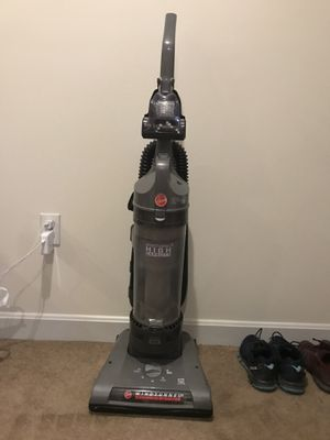 Hoover Windtunnel 2 Vacuum UH70800 for Sale in Weston, MA