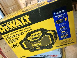 20-Volt MAX or FLEXVOLT 60-Volt MAX Lithium-Ion Bluetooth Radio with built-in Charger for Sale in Irwindale, CA