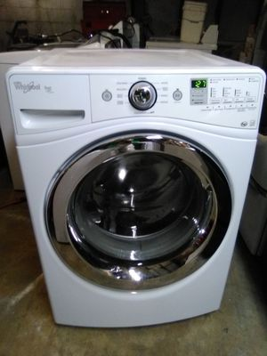 Whirlpool Duet Steam front load Washer for Sale in Ephrata, PA