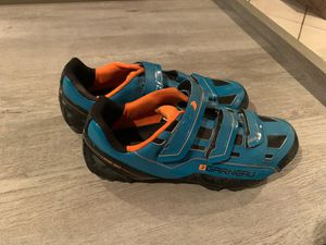 Mountain bike shoes with clips - Garneau for Sale in Miami, FL