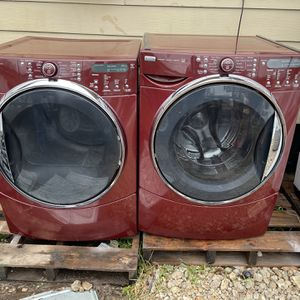 Kenmore Elite Front Load Washer And Electric Dryer! for Sale in Houston, TX
