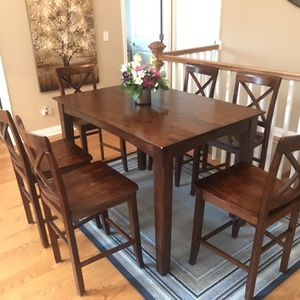 Brown Dining Room Table With 6 Chairs for Sale in Naperville, IL