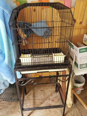 PET CAGE/ WROUGHT IRON STAND for Sale in Newport, NC