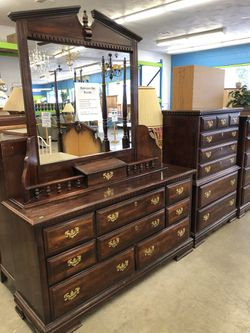 """Dresser With Mirror 60""""w X 18""""d X 80""""h for Sale in Yelm,  WA"""
