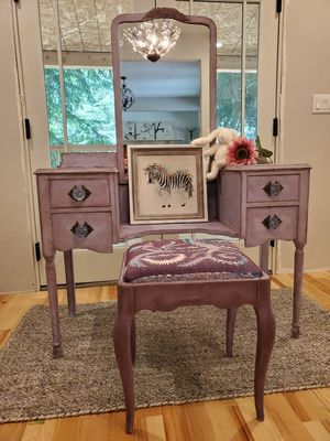 Antique vanity with mirror and bench for Sale in Sandy, OR