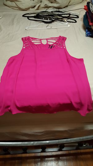 Torrid. Hot Pink Sleeveless Blouse. Size 1 (XL-1X) for Sale in PA, US