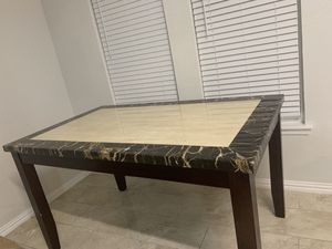Table for Sale in Grand Prairie, TX