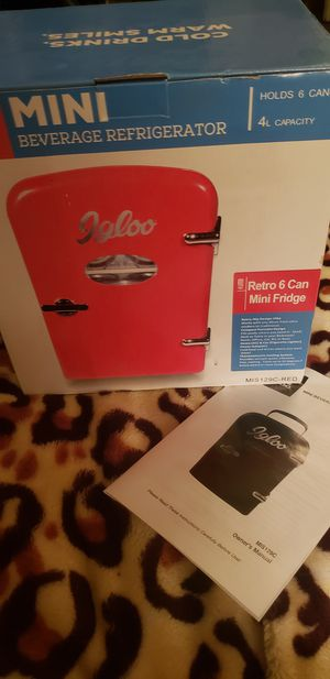Igloo Mini Beverage 6can Cooler for Sale in Aurora, CO