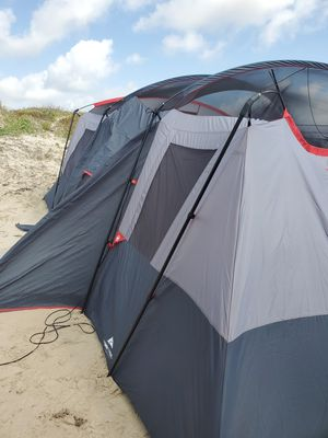 Good condition use ones camp tent for Sale in Kyle, TX