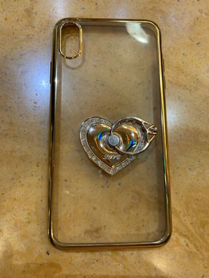 FREE Iphone XS Max Case Gold Trim clear back with a heart & ring holder Pick Up in Pico Rivera Only for Sale in Pico Rivera, CA