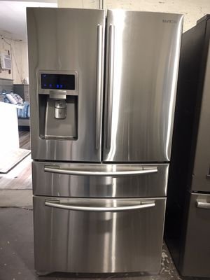 Samsung Stainless Steel 4 Door French Door Refrigerator for Sale in Lexington, NC