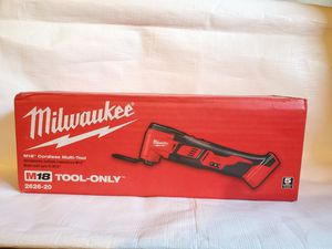 Milwaukee M18 18-Volt Lithium-Ion Cordless Oscillating Multi-Tool (Tool-Only) multi-herramienta for Sale in Norwalk, CA