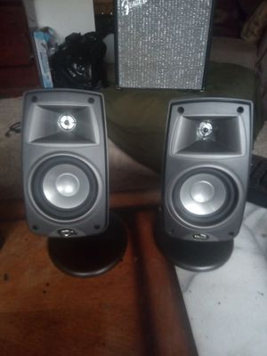 kLIPSCH, adjustable loud speaker's. The name says it all! VERY nice speakers. High quality performance and sound, that you would expect with kLIPSCH. for Sale in Langley, WA