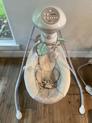 Fisher-Price Baby Swing for Sale in West Lake Hills, TX