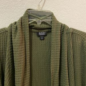 Women Cardigan Size 1X for Sale in Colton, CA