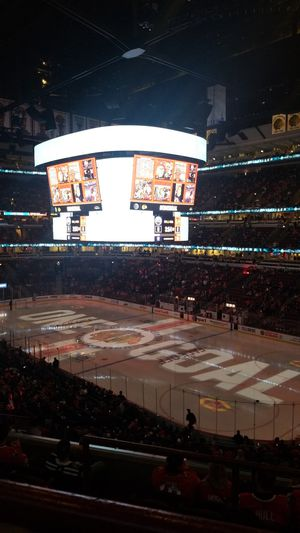 Chicago Blackhawks Tickets 200 level for Sale in Arlington Heights, IL
