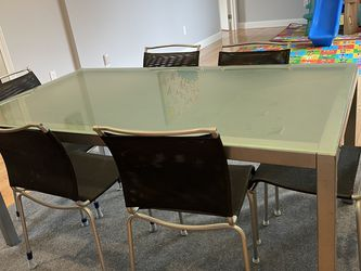Crate And Barrel Dining Table And Chairs for Sale in Natick,  MA
