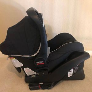 Britax B-Safe 35 Car Seat + Base, Black for Sale in Belmont, CA
