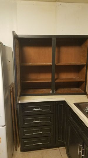 Upper Kitchen Cabinets -GREAT SHAPE!! for Sale in Obetz, OH