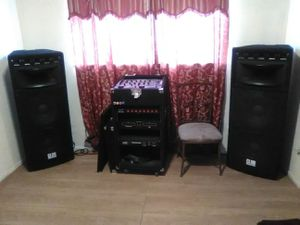 DJ equipment for Sale in Lamont, CA