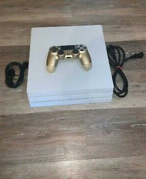 PlayStation 4pro 1Tb for Sale in Moon, PA