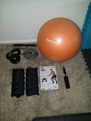 25lb iron kettle bell, p90x ankle weights, jump trainer 7 piece resistance training kit. Never used. Forearm/wrist roller with 10lb weight plate for Sale in Coconut Creek, FL