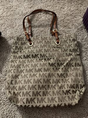 Michael Kors Large Tote for Sale in Alsip, IL