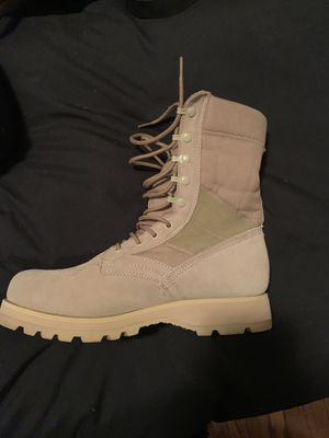 Rothco Mens 8R boots new for Sale in Alexandria, VA