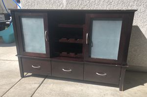 Solid Wood Cherry Console w/ Wine Rack for Sale in Fresno, CA