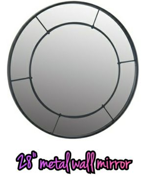 """28"""" metal wall mirror for Sale in Southaven, MS"""