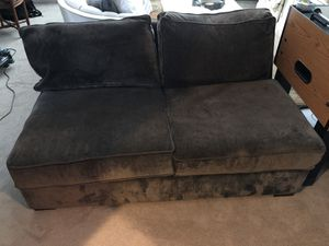 Free green love seat for Sale in Thompson's Station, TN