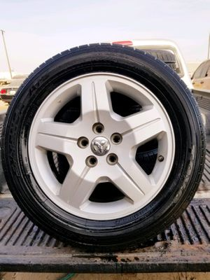 Tires 215/60R17 for Sale in Fresno, CA