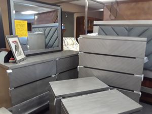 Bedroom Sets Holiday Sale for Sale in Chapin, SC