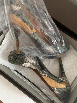 Gucci real python platforms size 9 for Sale in Tampa, FL