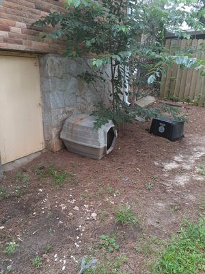 Plastic Medium Dog house for Sale in East Point, GA