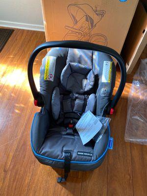 Graco infant car seat snugride Snuglock for Sale in HILLTOP MALL, CA