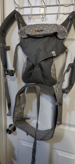 Ergobaby all in one baby carrier for Sale in Thornton, CO