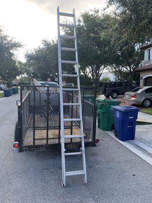 12 foot aluminum ladder for Sale in Hialeah, FL