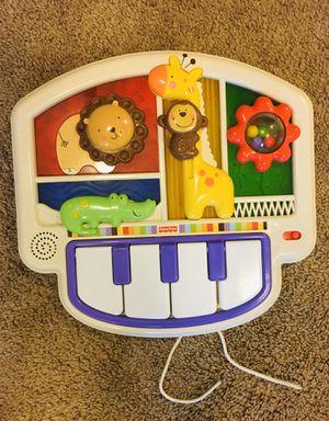 Fisher price crib musical toy for Sale in Bonney Lake, WA