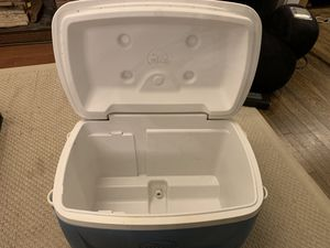 Igloo rolling cooler for Sale in Brookline, MA
