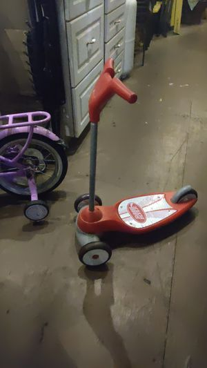 Radio flyer scooter for toddlers for Sale in Sacramento, CA