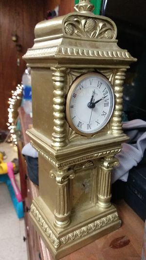 Antique clock for Sale in Shelbyville, TN