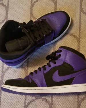 Air Jordan 1 mid size 8 for Sale in Miramar, FL