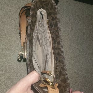 MK crossbody With Matching Wallet for Sale in San Antonio, TX