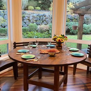 Beautiful Designer Dining Table For Kitchen for Sale in Issaquah, WA